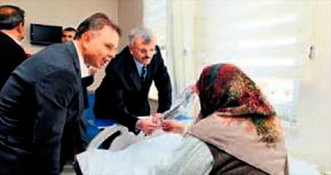 Erdöl'den devlet hastanesi ziyareti