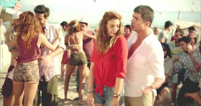 Özcan Deniz ile Sıla'nın reklam filmi olay oldu