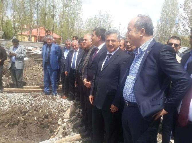 AK Partili Işık Temel Atma Törenine Katıldı