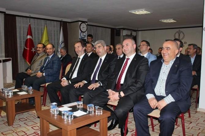 "Gaziantep MÜSİAD'tan ""Kur'an'ın Temel Hedefi"" Semineri"
