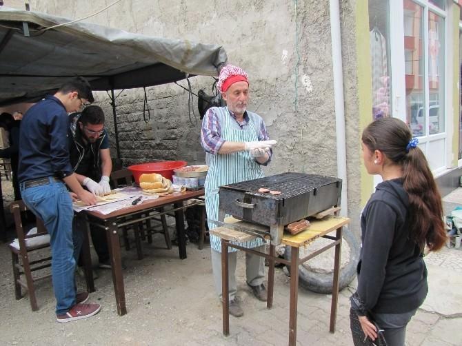 Hisarcık'ta Eğitim Yararına Kermes