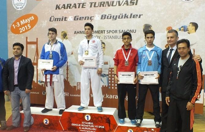 Boğaziçi Karate Turnuvasında Kağıtspor'dan Büyük Başarı
