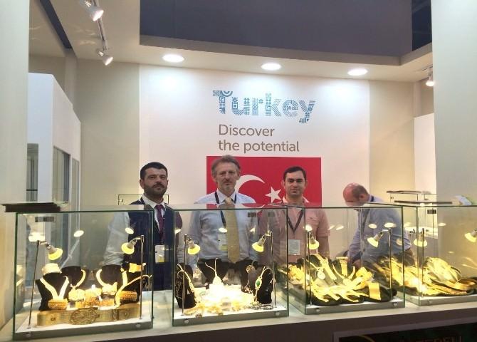Trabzon Hasır Bilezikleri Dubai Fuarı'nda Görücüye Çıktı