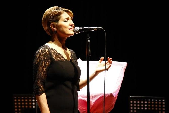 Vuslat-ı Bahar Türk Müziği Koneri SAÜ Kültür Ve Kongre Merkezinde Gerçekleşti