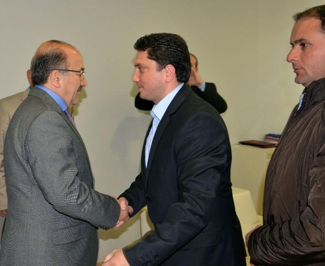 Yomraspor Yönetimi'nden Başkan Gümrükçüoğlu'na Ziyaret