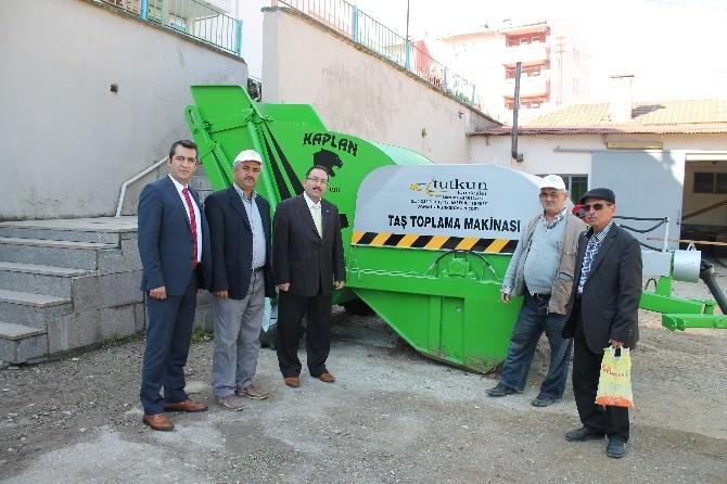 Çatak Programı Kapsamında Taş Toplama Makinesi Alındı