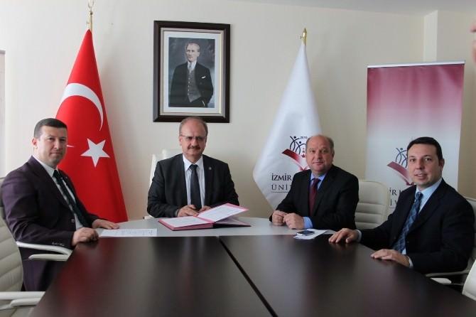 MÜSİAD İzmir'den Ortak Kariyer Günü
