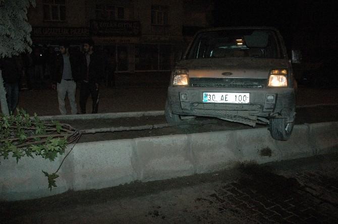 Hakkari'de Trafik Kazası; 1 Yaralı