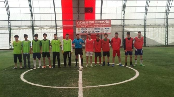 Yalova'da Nike Halı Saha Heyecan Başladı