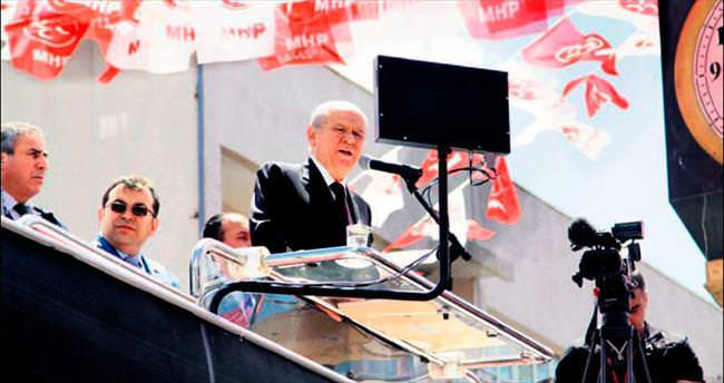 'Davutoğlu parlamenter sistemin yanında olmalı'