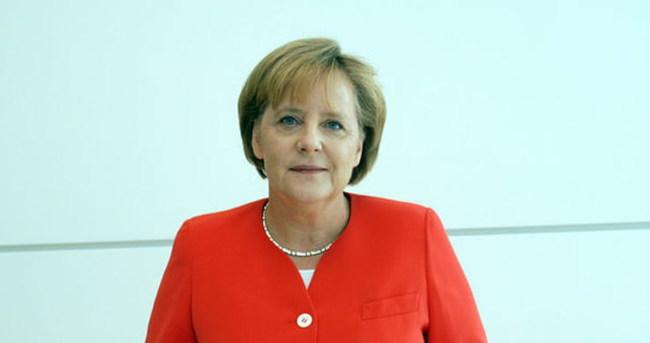 Merkel istihbarat skandalında 'tanıklığa hazır'