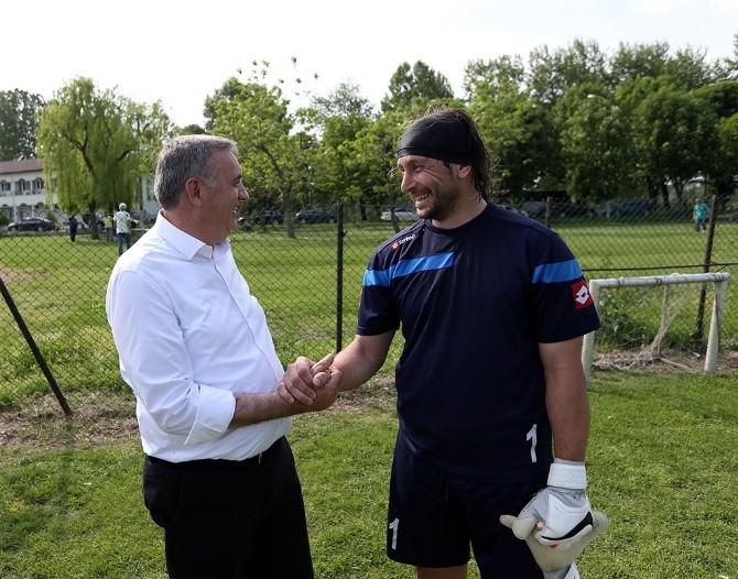 Başkan Toçoğlu Sakaryasporlu Futbolcuların Antremanına Katıldı