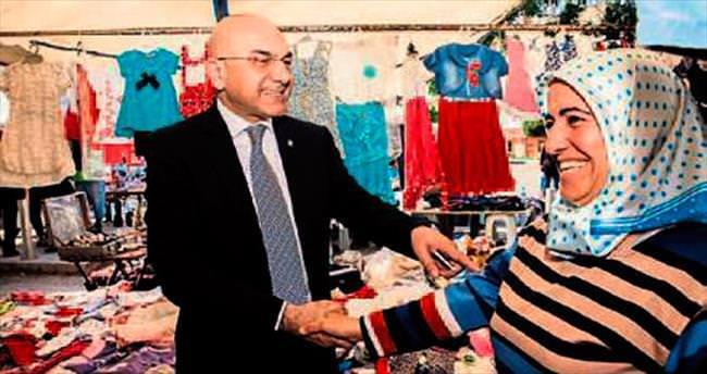 Ozan Ceyhun'dan esnafa destek sözü