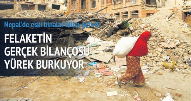 Eski Katmandu yıkıldı yenisi ayakta