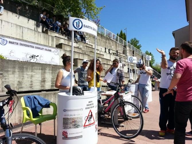 Bahar Şenliklerinde Bisiklet Standına Yoğun İlgi