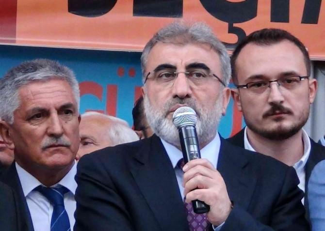 """Bakan Yıldız: """"Muhalefet Palavra Sıkıyor"""""""