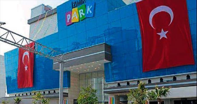 İzmir Park'tan altın yağmuru