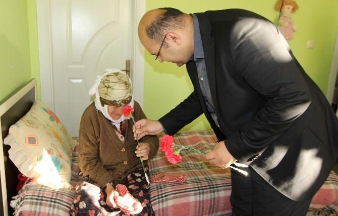 Başkan Orhan'dan Anneler Günü Mesajı…