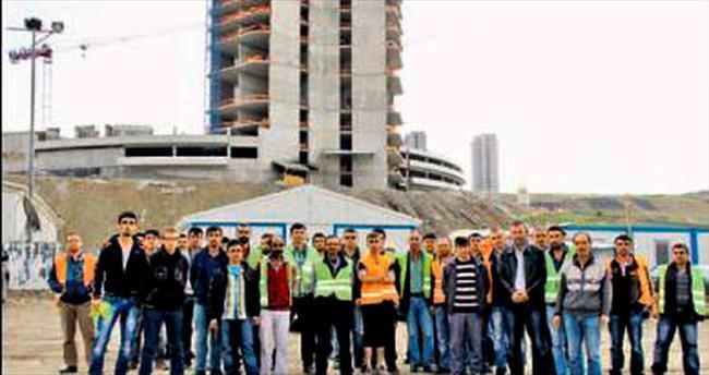 Rezidans işçileri maaş eylemi yaptı