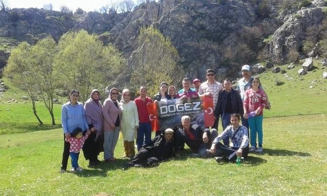 Dogez'den Sarıcakaya'ya 'Anneler Günü' Gezisi