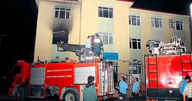 Erdemli'deki okul yangını korkuttu