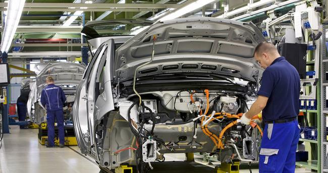 Davutoğlu konuştu otomotiv sektörü hisseleri yükseldi