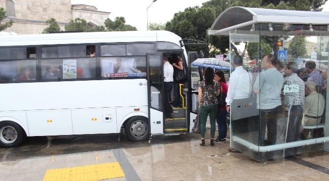 Yağış Toplu Taşıma Araçlarına Yaradı