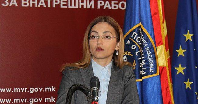 Makedonya'da iki bakan istifa etti