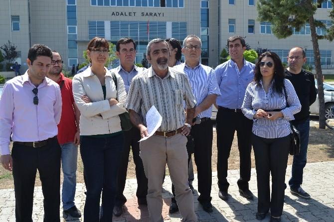 Erdoğan'a Hakaret Eden 2 Öğretmene Para Cezası
