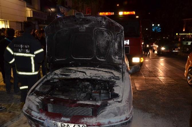 Eskişehir'de Otomobil Yangını