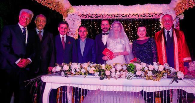 Başkan Seyfi Dingil oğlunu evlendirdi