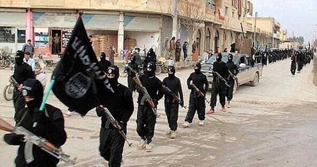 Terör örgütü DAEŞ Ramadi'yi ele geçirdi