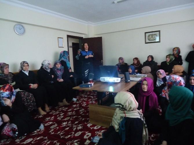 Kız Kur'an Kursu Öğrencileri Bilgilendirildi
