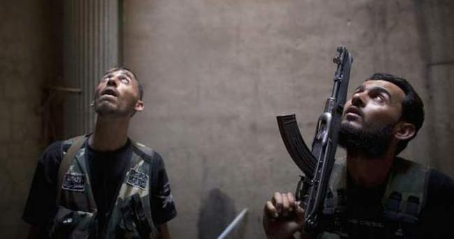 Şam çatırdıyor