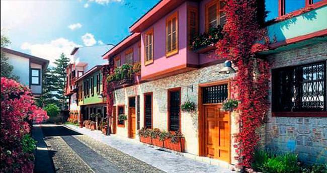 'Çiçek açan Antalya'