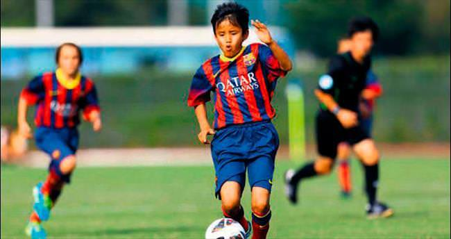 Japon Messi köyüne döndü