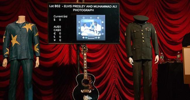 Elvis Presley'in eşyaları New York'ta satıldı