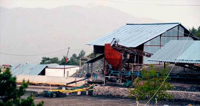 Gazdan zehirlenen 2 madenci öldü