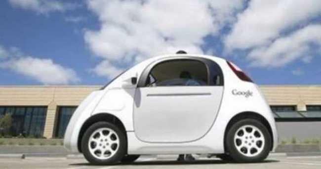Google'ın robot araçları yollara çıkıyor