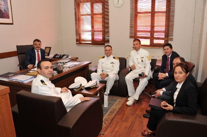 Denizaltı Komutanları, Büyükşehir Belediyesi'ni Ziyaret Etti