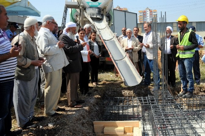 Akdeniz Belediyesi Mahalle Evi'nin Temeli Atıldı