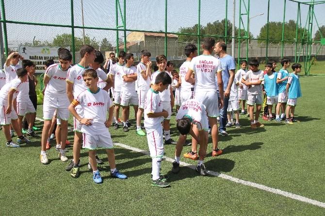 Bağlar Belediyesi'nin Okullar Arası Spor Turnuvası Sona Erdi