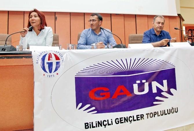 """GAÜN Öğretim Üyelerinden """"Kariyer Geleceği"""" Paneli"""
