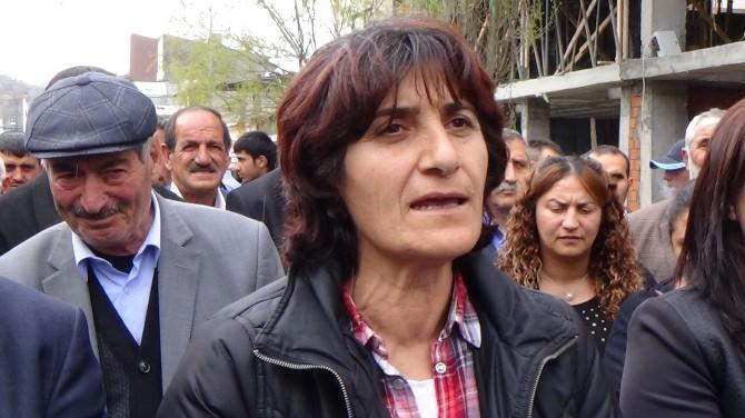 HDP'liler Mersin Ve Adana'da Yapılan Saldırıları Kınadı