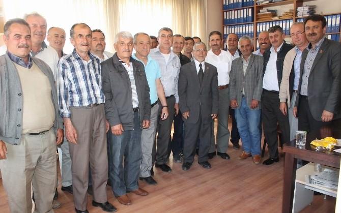 Manyas'ta Muhtarlar Derneği Başkanı Güven Tazeledi