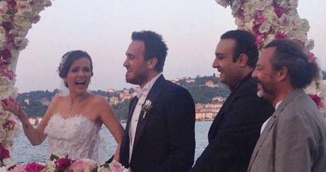 Doğan Akdoğan ile Burcu Altın evlendi