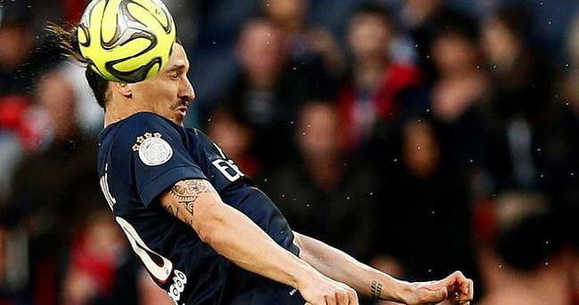 PSG İbrahimoviç'ten vazgeçmiyor