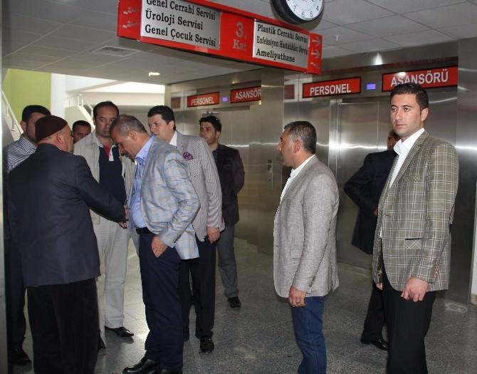 Burhan Kayatürk'ten Hasta Ziyareti