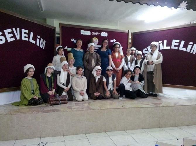 Melahat Ünügür Ortaokulu'nda Yunus Emre Şiir Dinletisi
