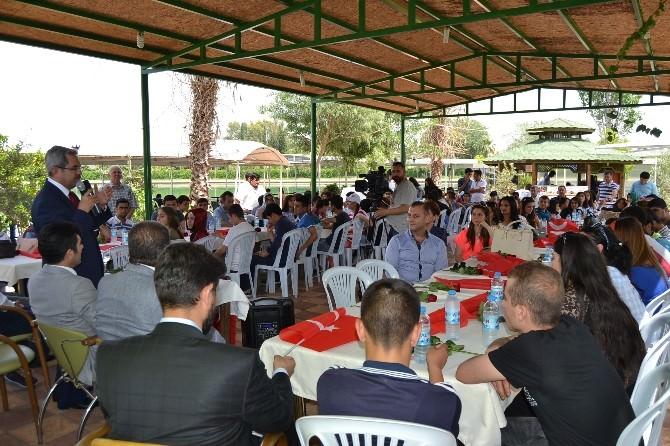 Ünüvar, Gençlerle Türkiye'nin Geleceğini Konuştu